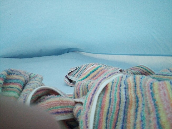 部屋干し 早く乾かす方法 エアコン